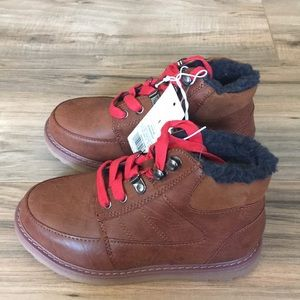 SALE NWT boy's Cat & Jack brown Prescott boots